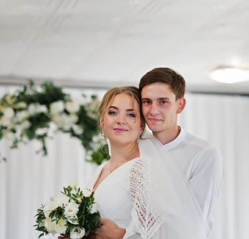 Брак  Антона и Милены.